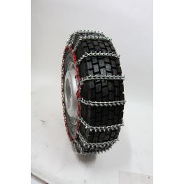 TRYGG SUPER Tight pattern, heavy duty snow chains, with square studs.